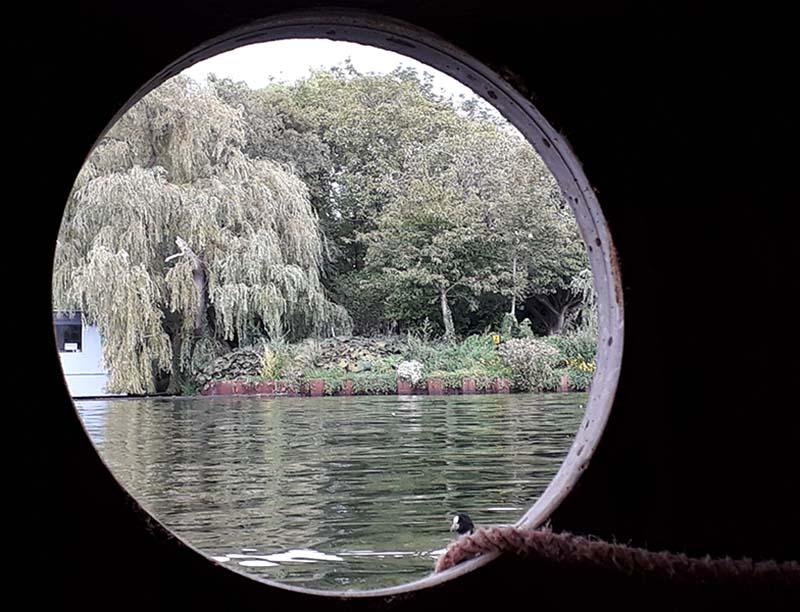 wonen op het water geeft romantisch uitzicht