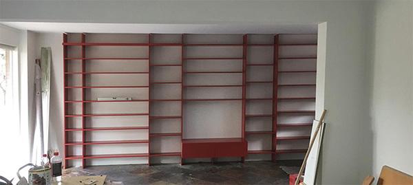 boekenkast op maat laten maken in de kleur die past in het interieur